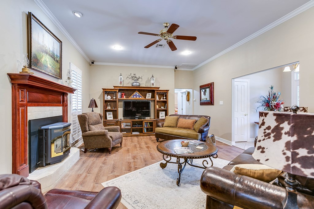 811 Buffalo Lane Property Photo 7