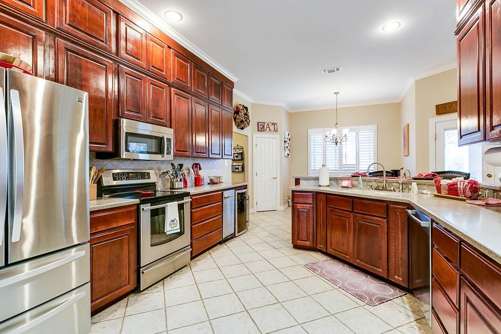 811 Buffalo Lane Property Photo 9