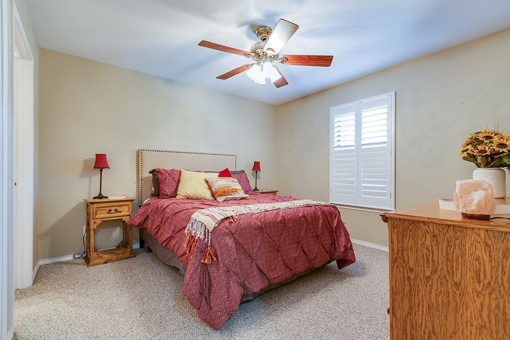 811 Buffalo Lane Property Photo 23