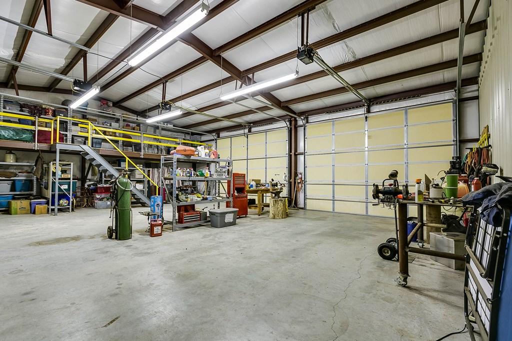 811 Buffalo Lane Property Photo 38
