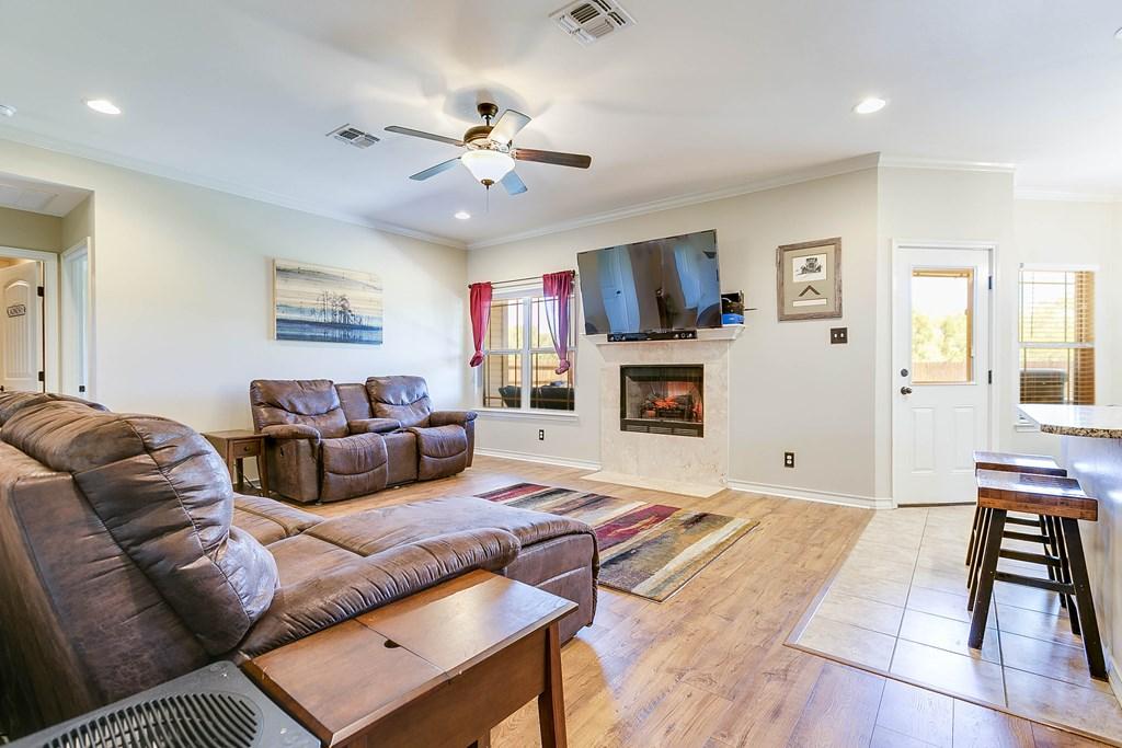 4146 Autumnwood Trail Property Photo 9