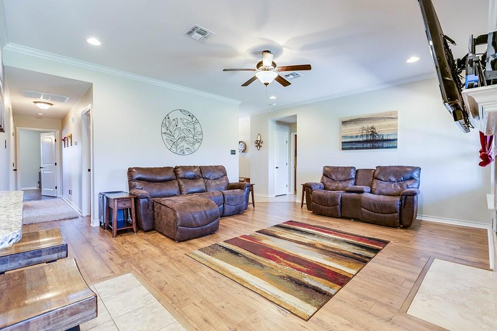4146 Autumnwood Trail Property Photo 10