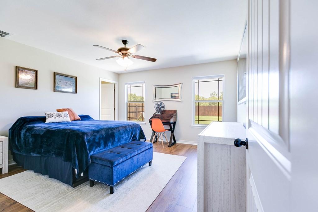 4146 Autumnwood Trail Property Photo 16