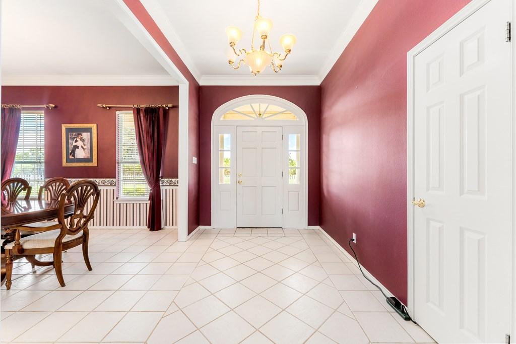 1850 Riverwood Dr Property Photo 4