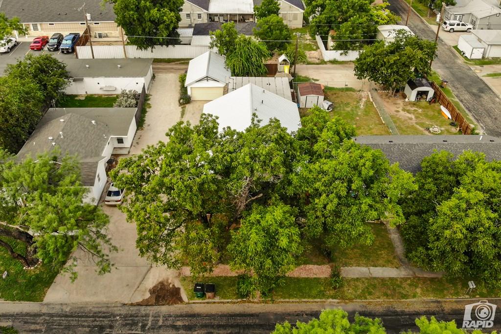 119 N Van Buren St Property Photo 2