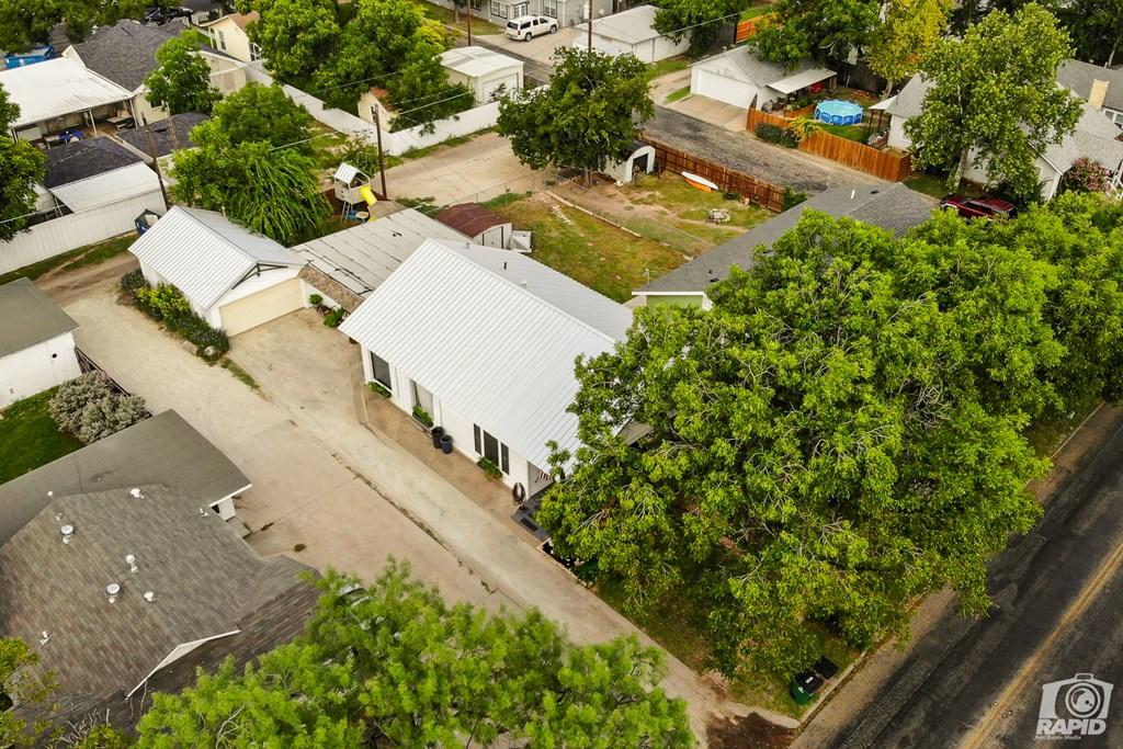 119 N Van Buren St Property Photo 3