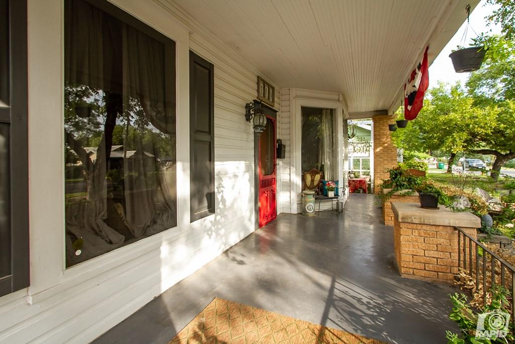 119 N Van Buren St Property Photo 6