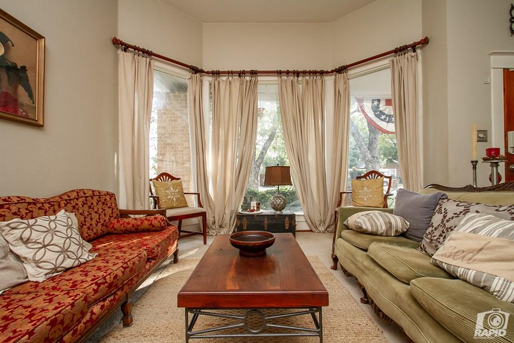 119 N Van Buren St Property Photo 8