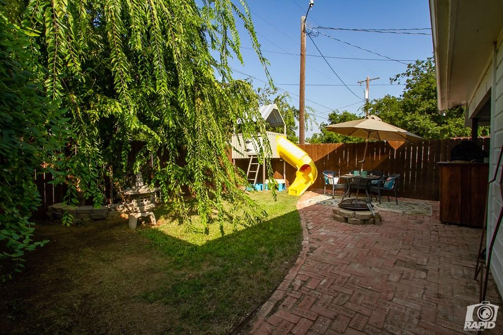 119 N Van Buren St Property Photo 28