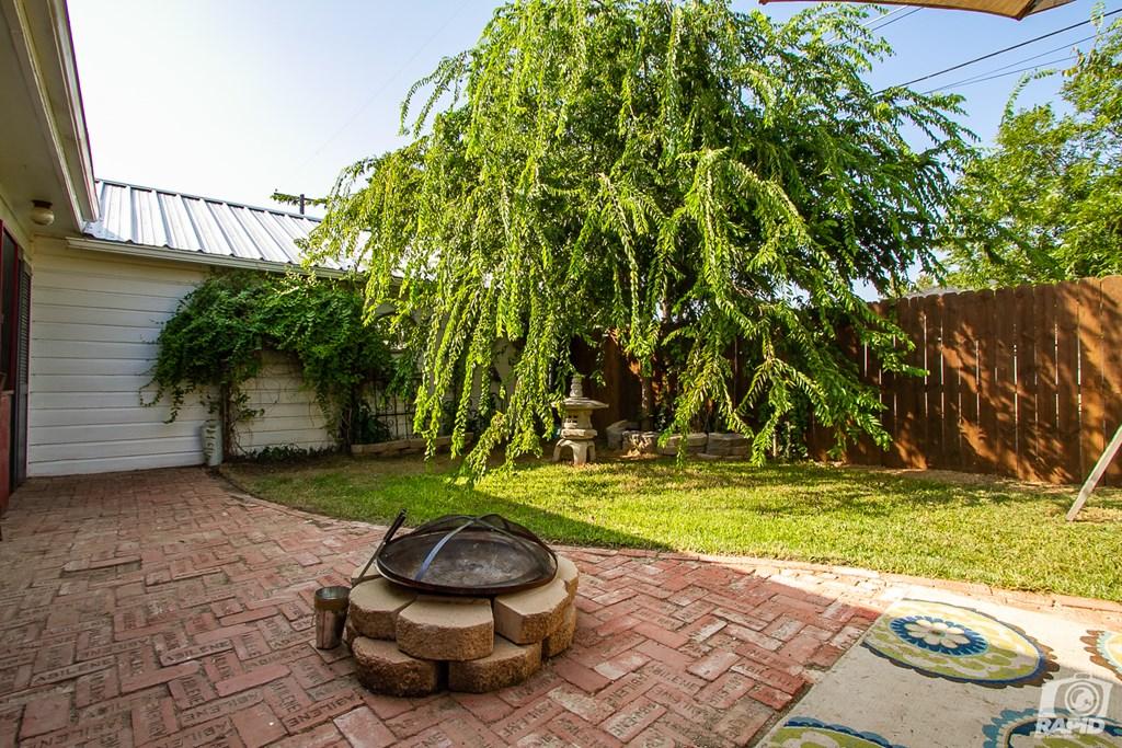 119 N Van Buren St Property Photo 29