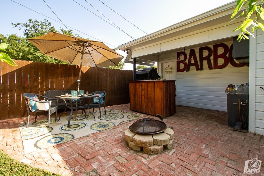 119 N Van Buren St Property Photo 30