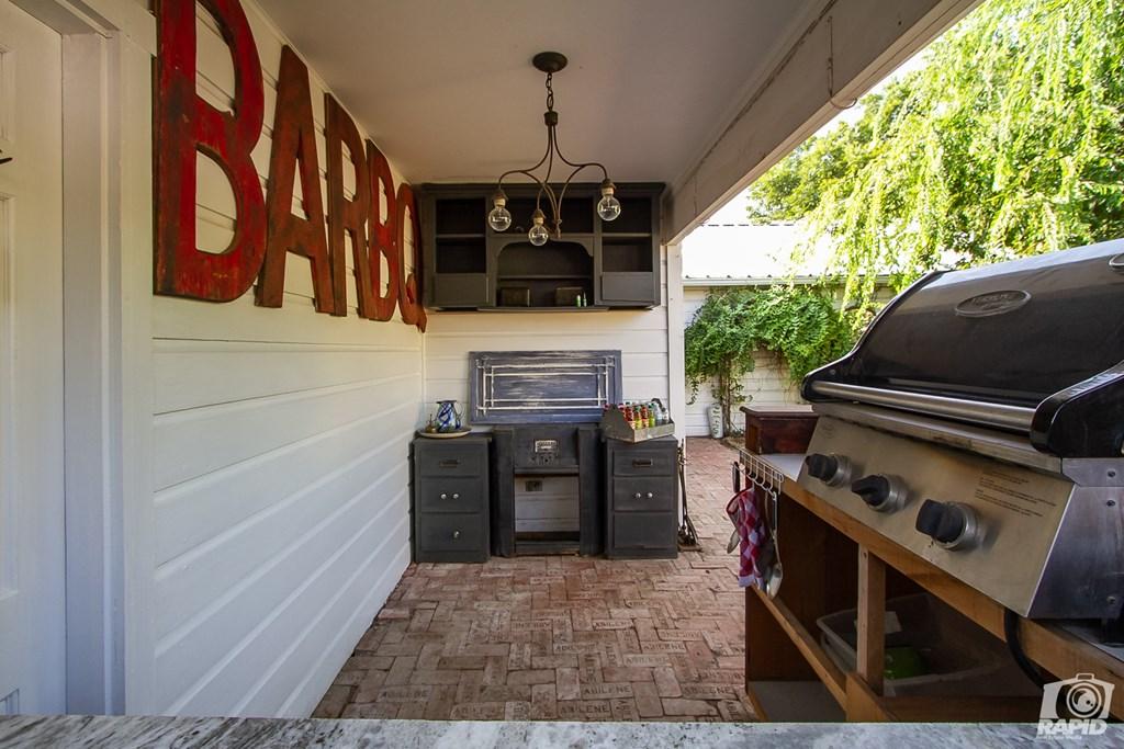 119 N Van Buren St Property Photo 31