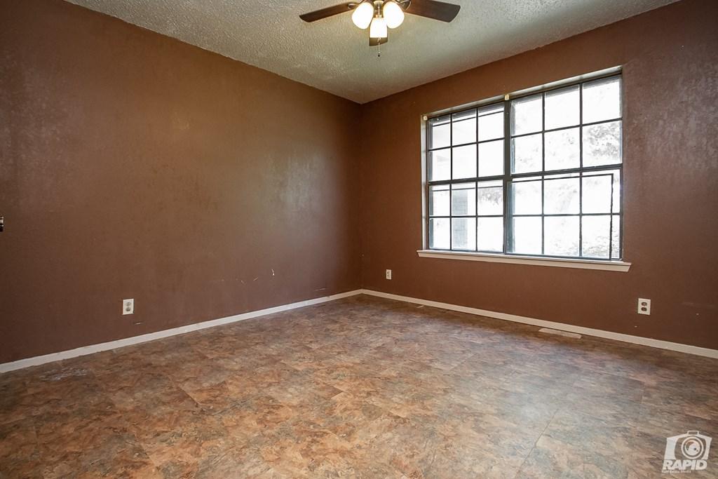 163 Las Lomas Dr Property Photo 14