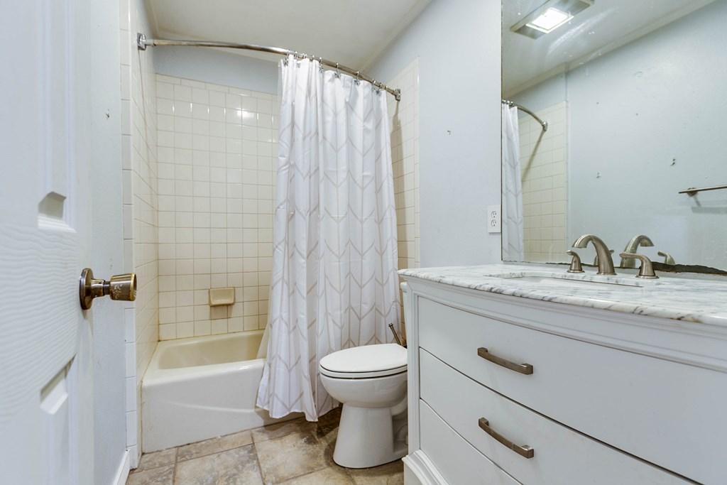 1845 W Fm 2105 Property Photo 28