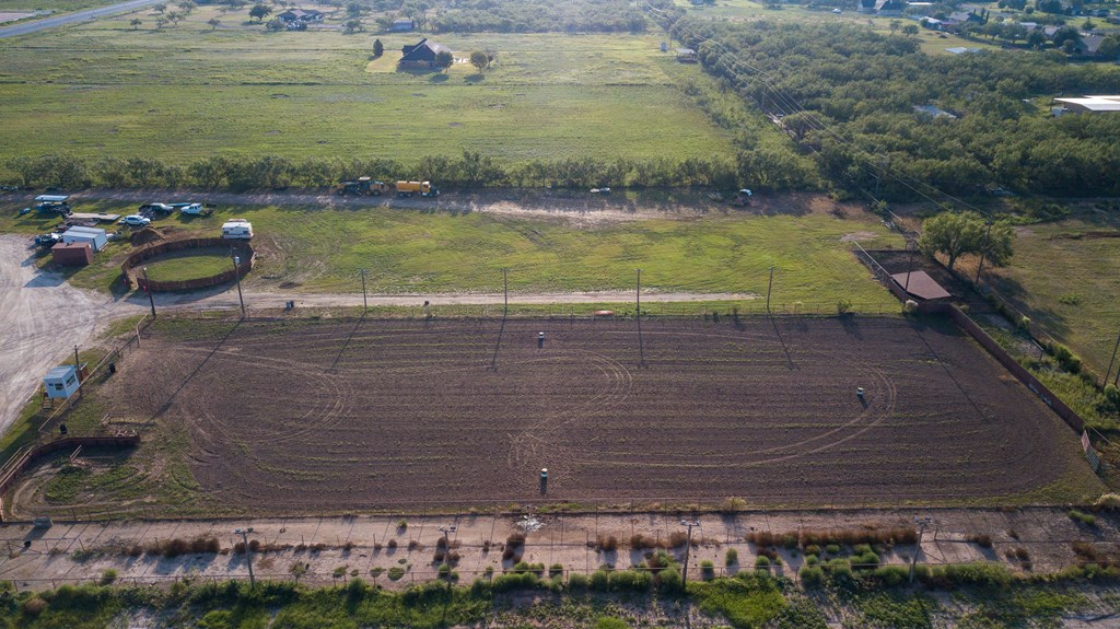 1845 W Fm 2105 Property Photo 54