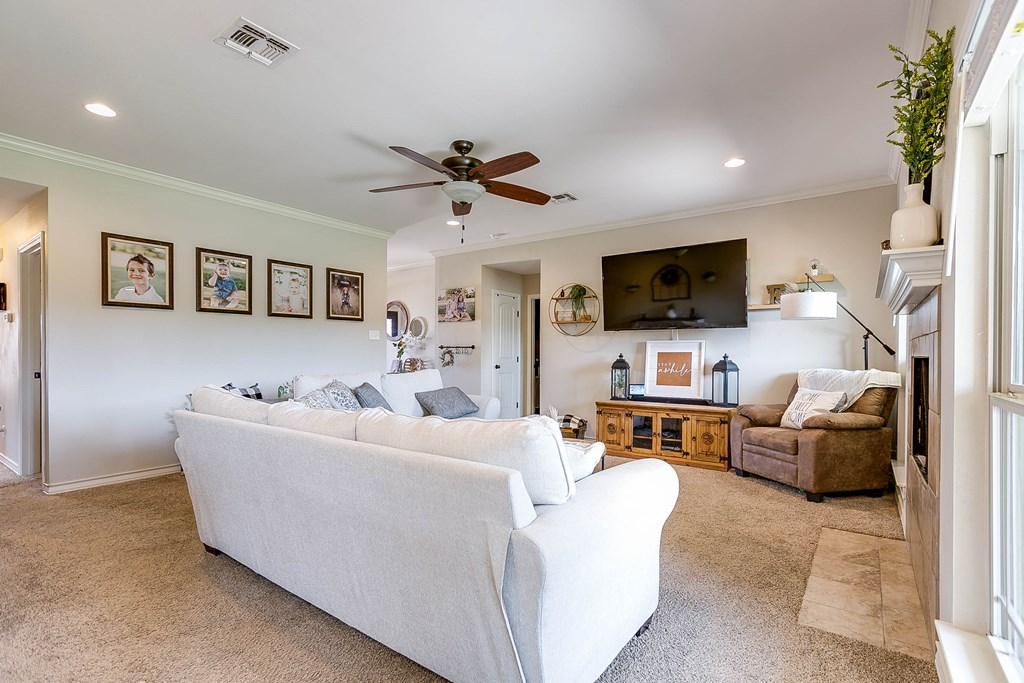 4809 Pinon Ridge Dr Property Photo 8