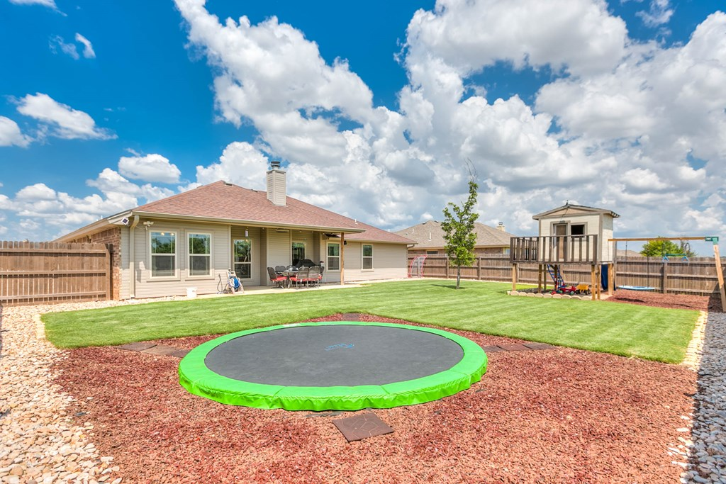 4809 Pinon Ridge Dr Property Photo 27