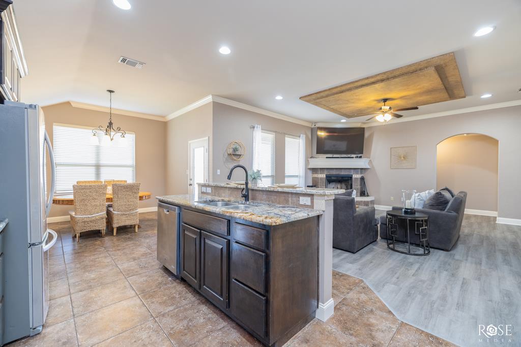 5905 Merrick St Property Photo 10