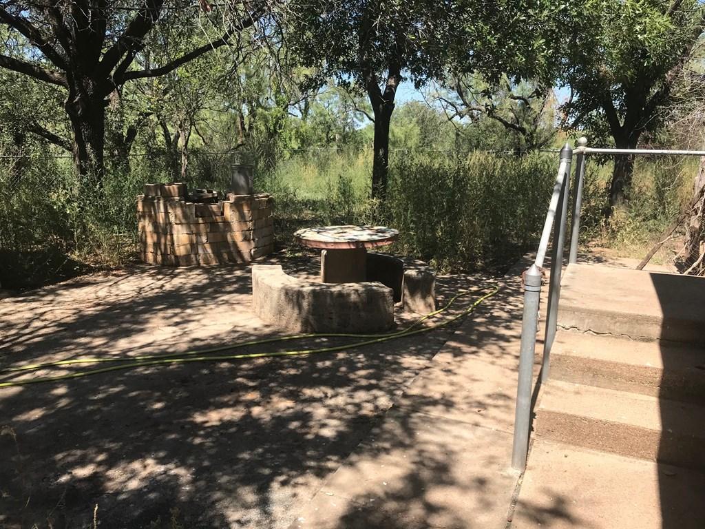 4523 Alamo St Property Photo 8