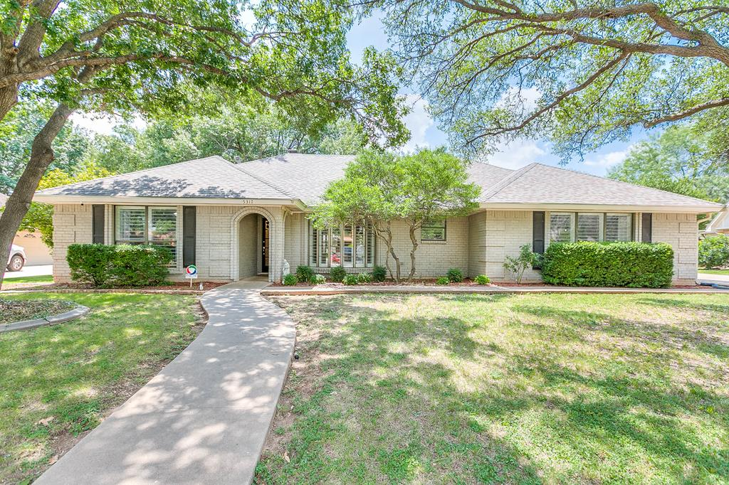 5317 Bentwood Dr Property Photo 1