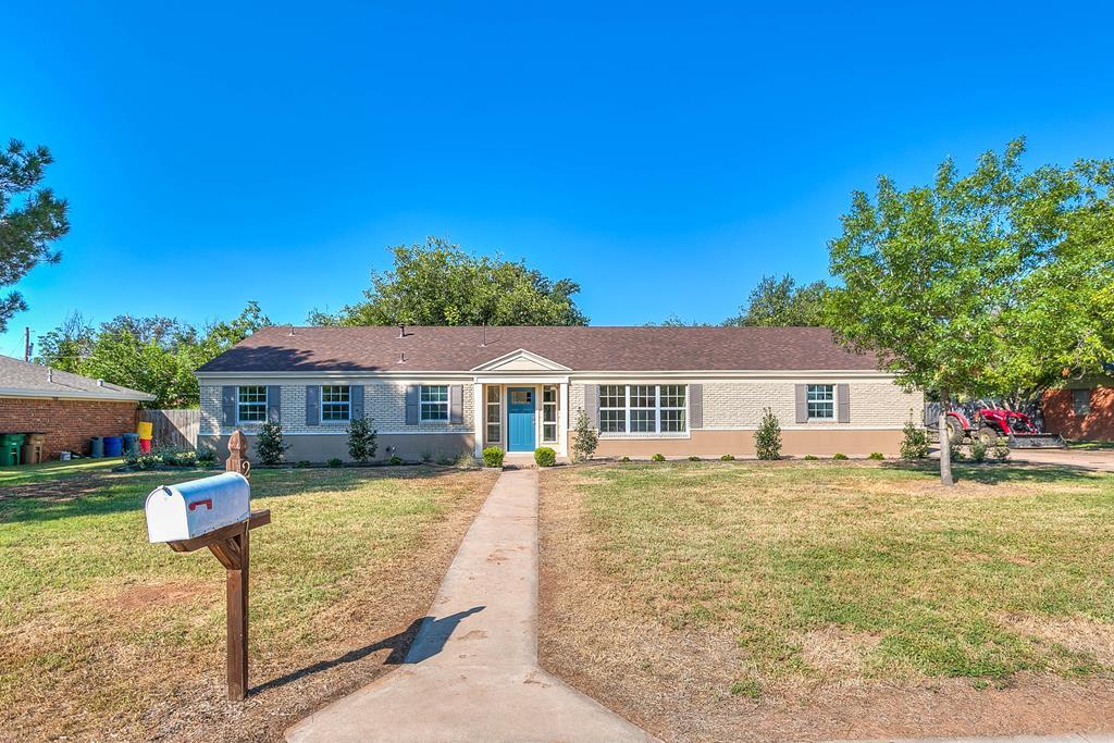 2617 S A&m Ave Property Photo 1