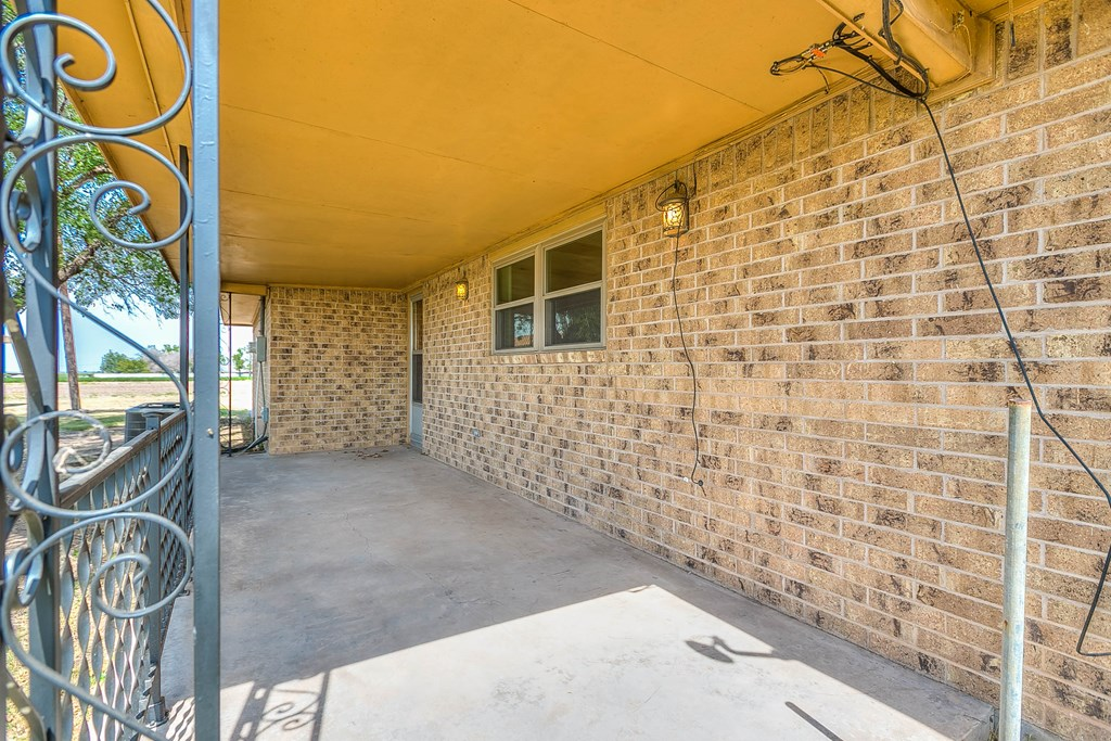 308 Concho Dr Property Picture 13
