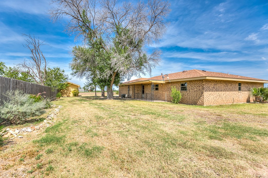 308 Concho Dr Property Picture 14