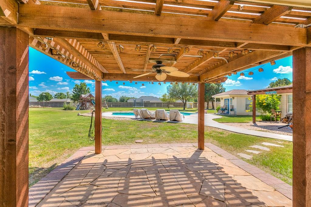 1513 Darlene St Property Photo 44