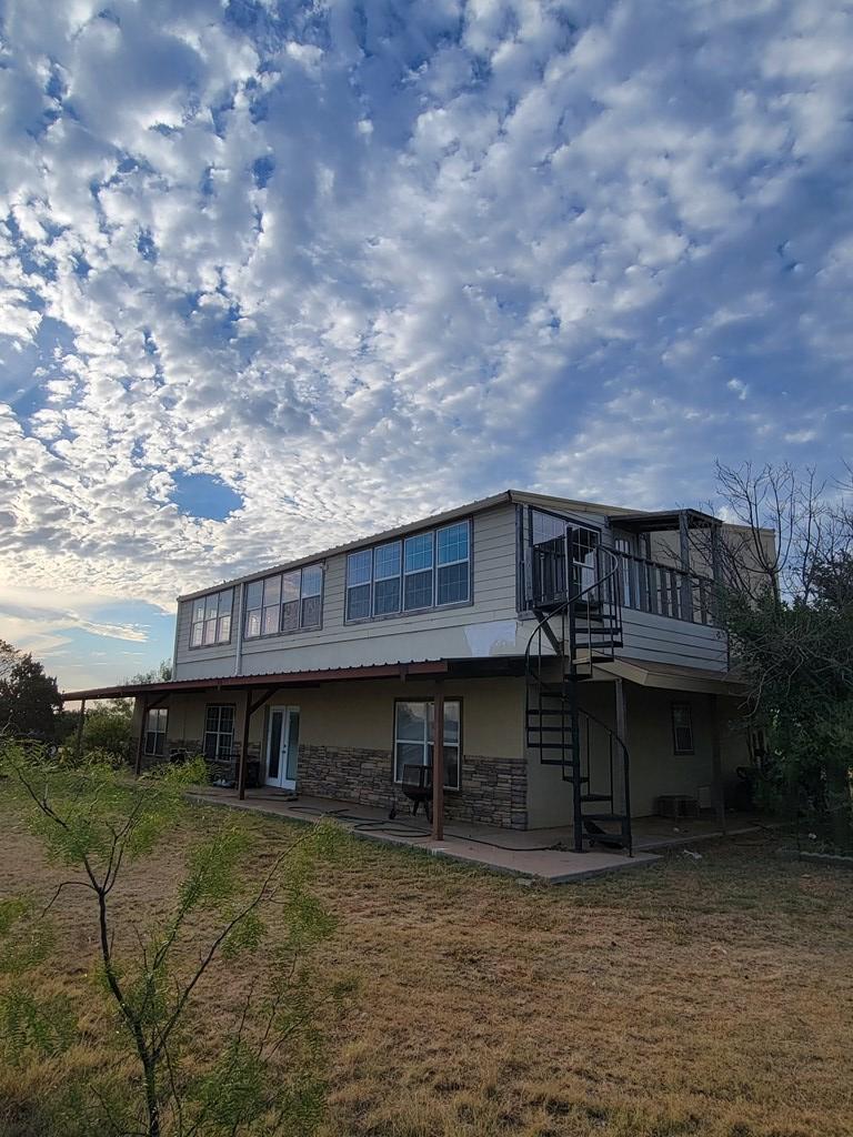 1734 Mule Creek Rd Property Photo 2