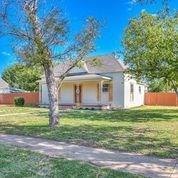 304 11th St Property Photo 1