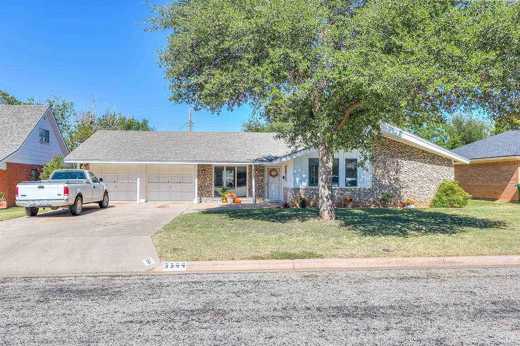 3344 Tanglewood Dr Property Photo 1