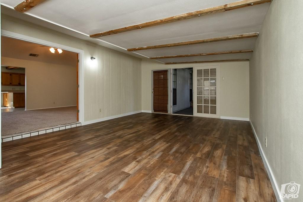 1618 Idaho Ave Property Photo 2