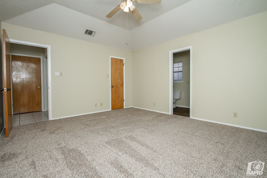 1618 Idaho Ave Property Photo 6