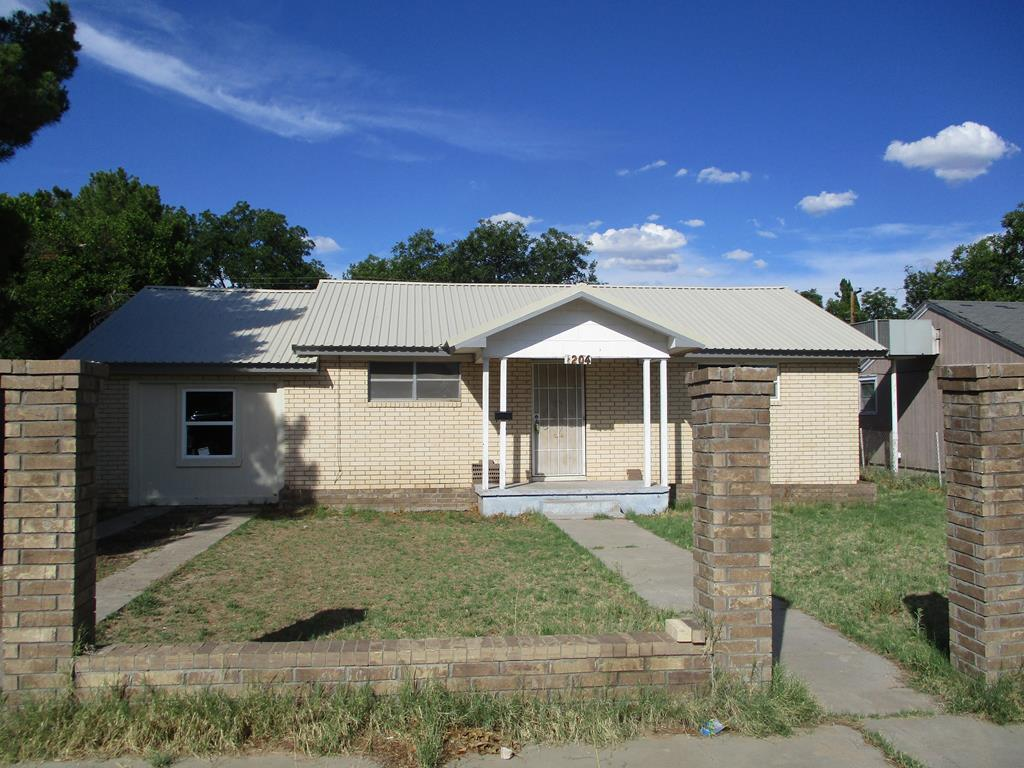 79756 Real Estate Listings Main Image