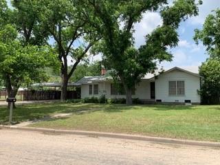 807 E Poplar Property Photo 1