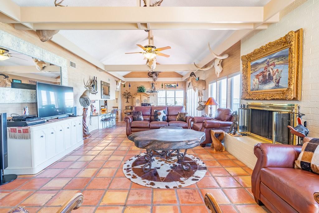 2950 Red Bluff Circle Property Photo 4