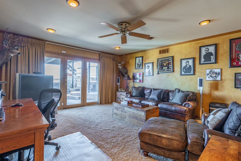 2950 Red Bluff Circle Property Photo 22