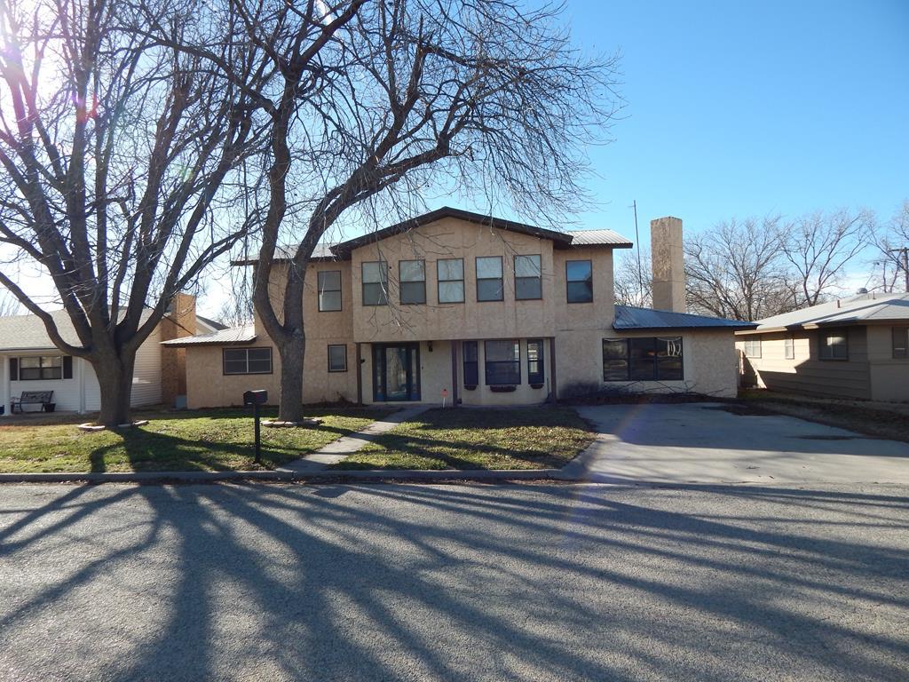 905 N Georgia St Property Photo 1