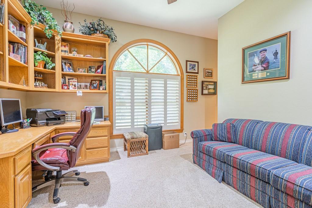 1100 Dorrance Rd Property Photo 13