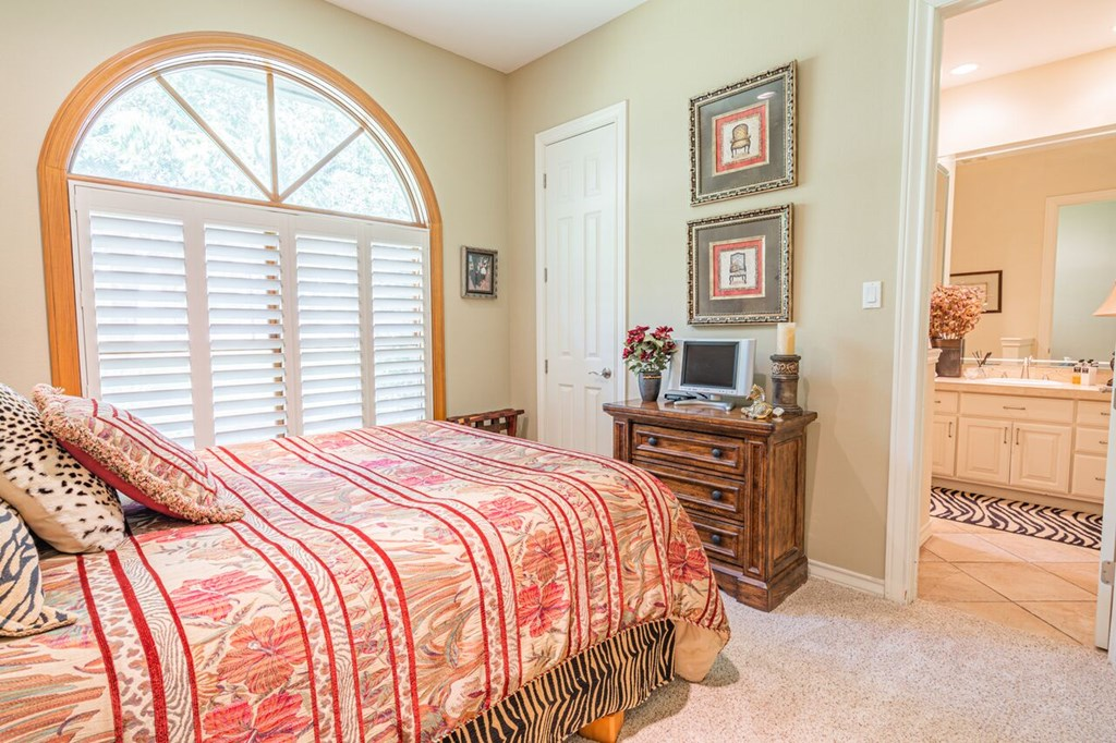1100 Dorrance Rd Property Photo 15