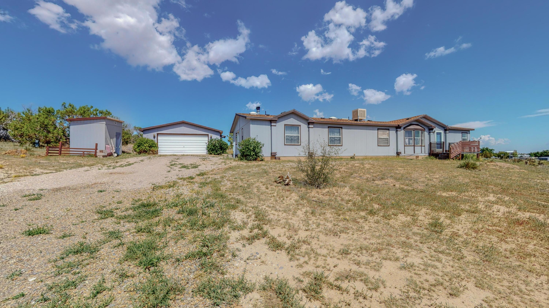9 Prairie Moon Road Property Photo 1