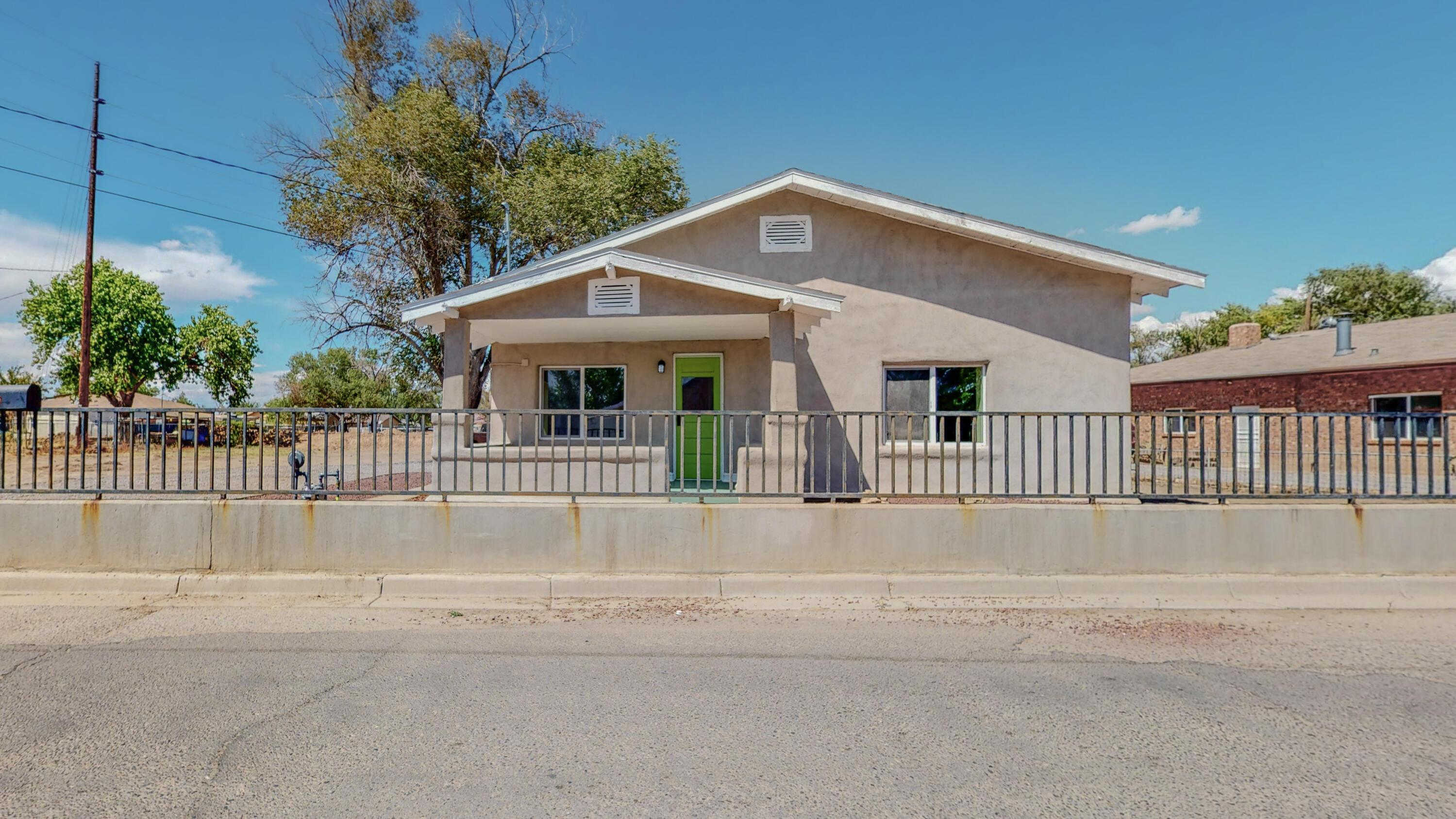 322 W Aragon Road Property Photo 9