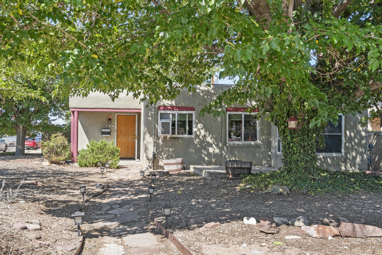 3821 Copper Avenue Ne Property Photo