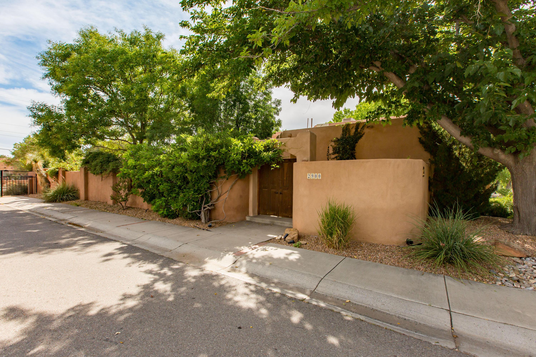 2900 Calle De Alamo Nw Property Photo
