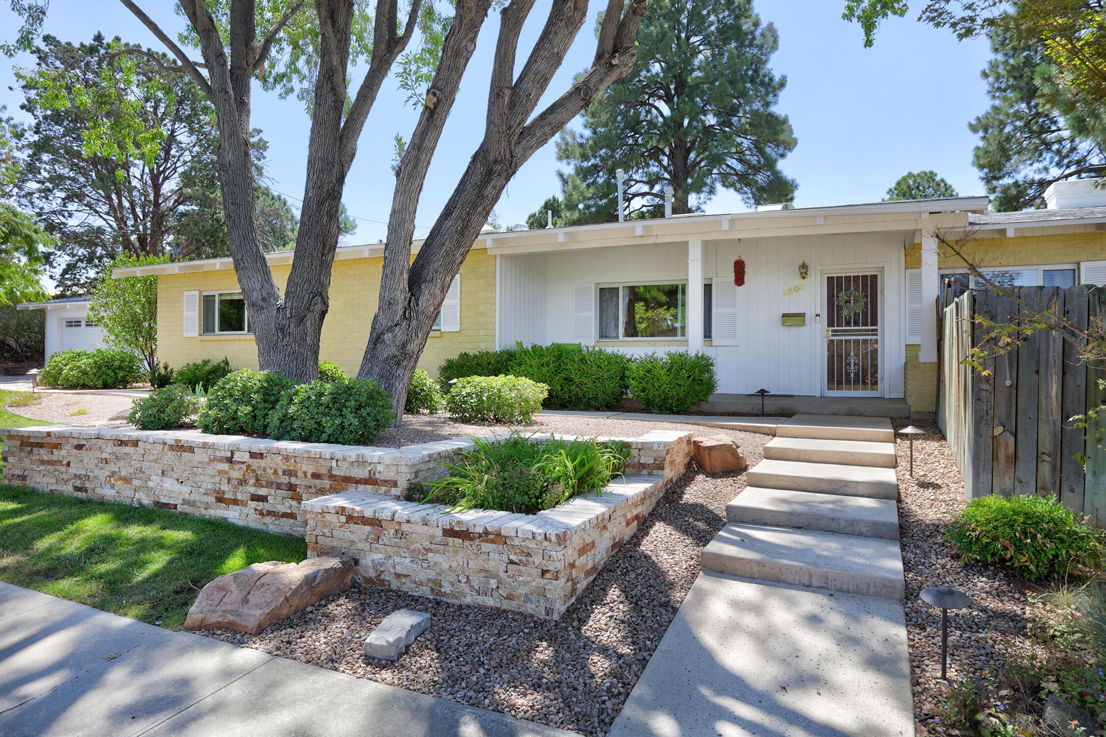4800 Royene Avenue Ne Property Photo