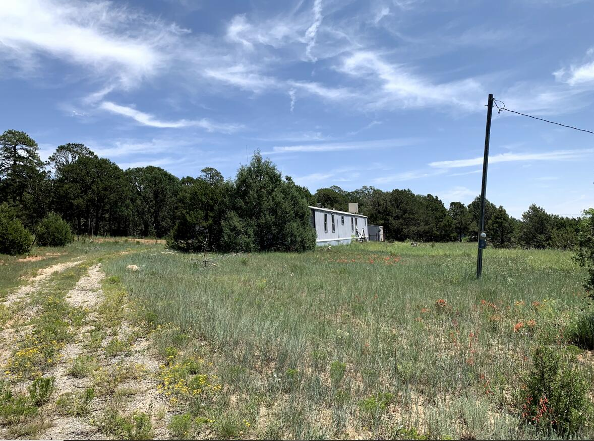 4 Quail Hollow Road Property Photo 1