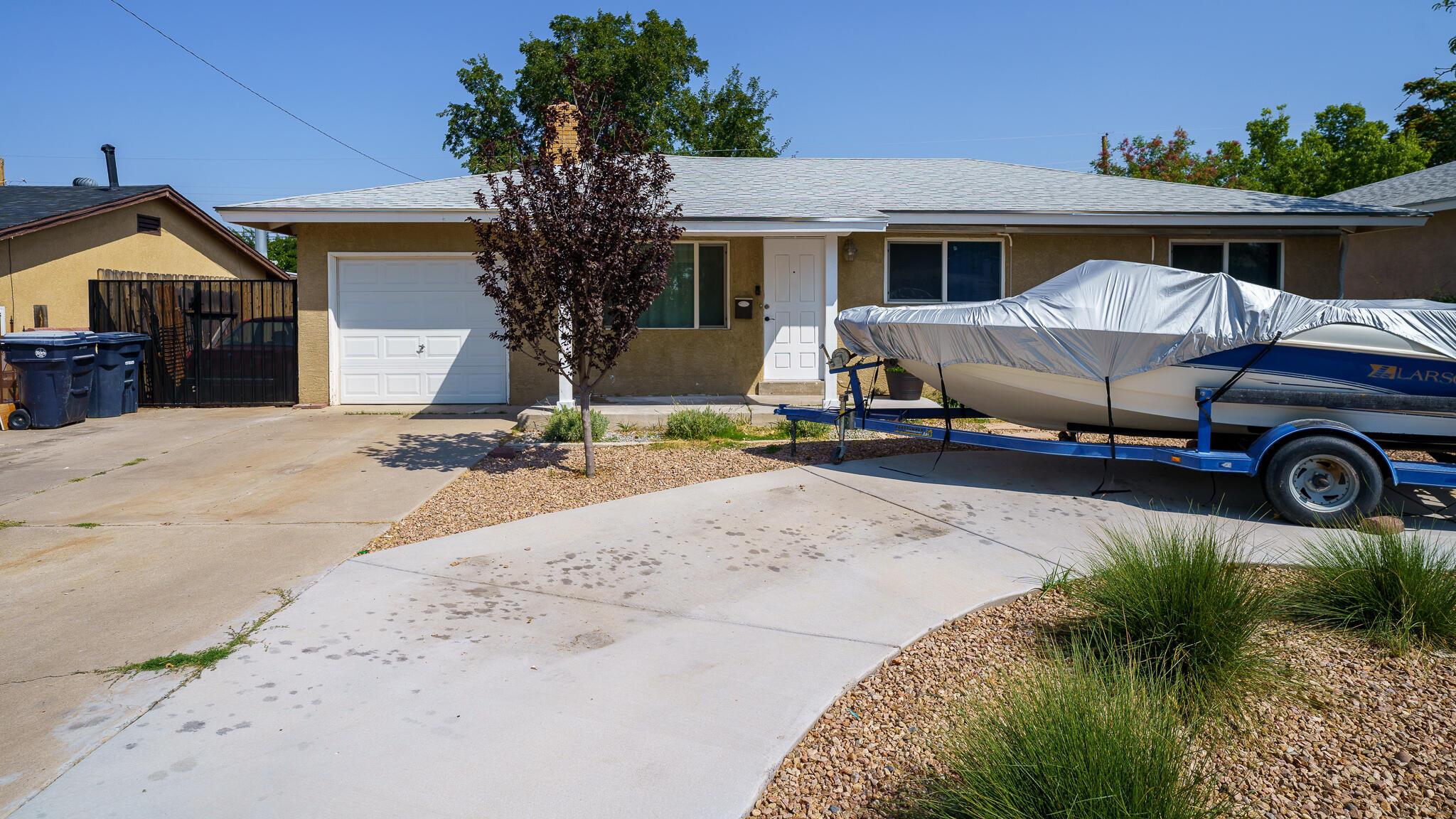 6001 Alta Monte Avenue Ne Property Photo