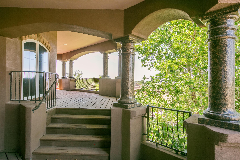 8340 Beverly Hills Avenue Ne Property Photo 7