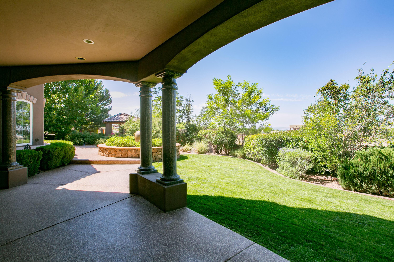 8340 Beverly Hills Avenue Ne Property Photo 16