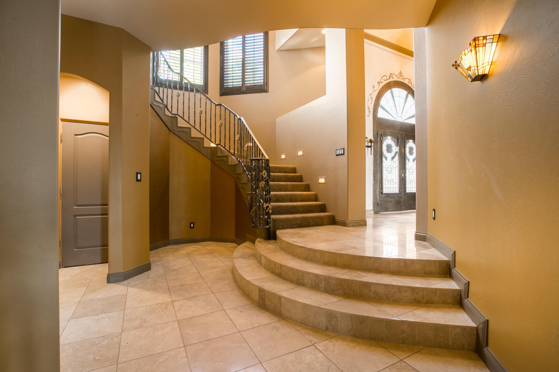 8340 Beverly Hills Avenue Ne Property Photo 56